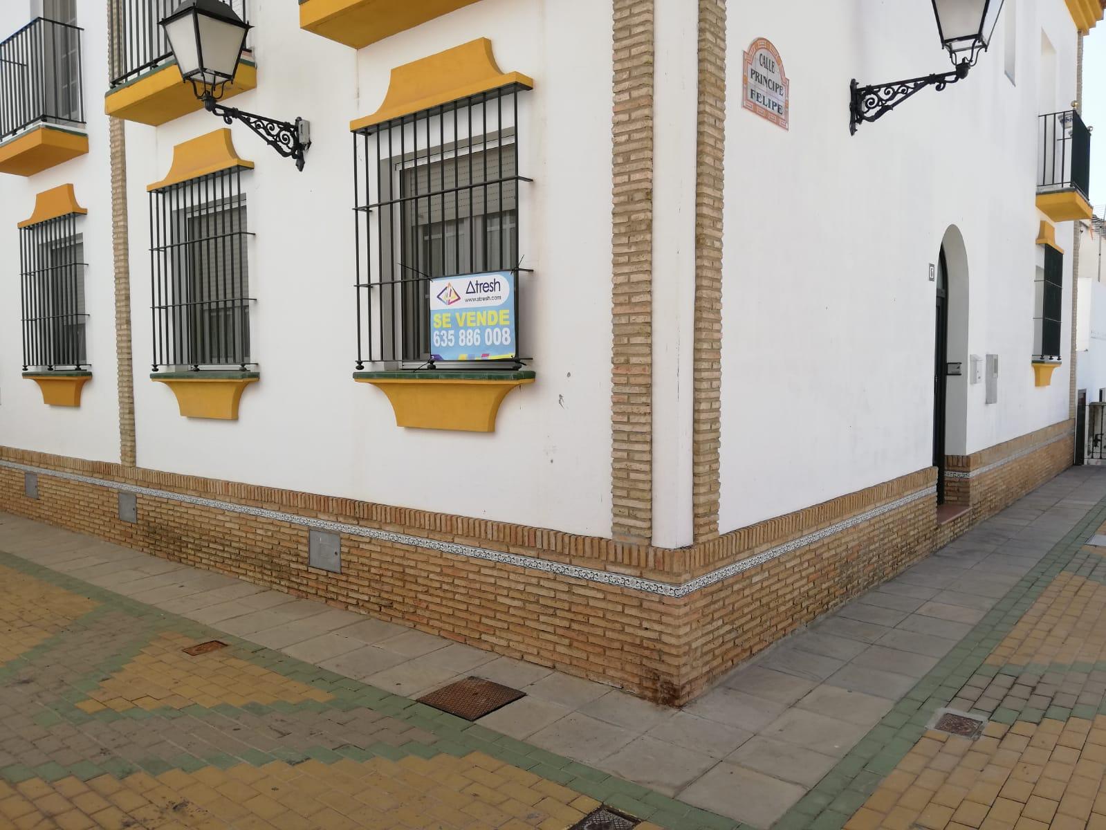 ADOSADO EN EL CENTRO DE PALOS DE LA FRONTERA
